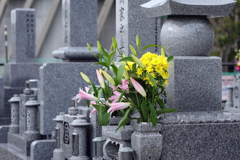 和型墓石の構成要素-墓石本体から備品まで分かりやすく解説-