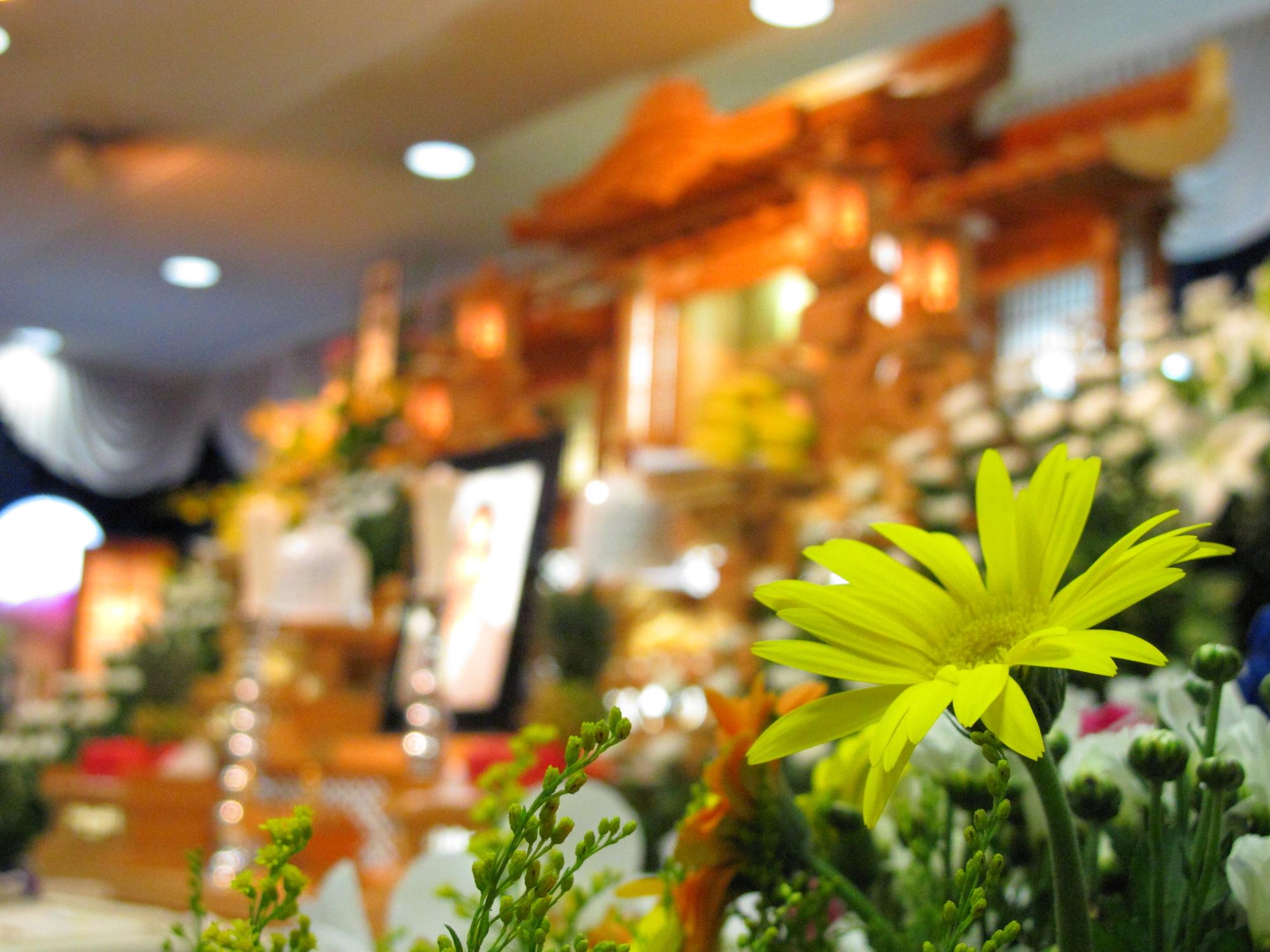 喪主の世話役とは?葬儀の業務サポートは何を依頼できる?