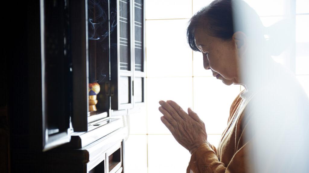 お仏壇の正しいお手入れ方法とは?種類別のお手入れ方法を解説