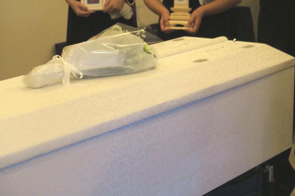 コロナ禍に「火葬式」を行うと葬儀費用はいくら必要?