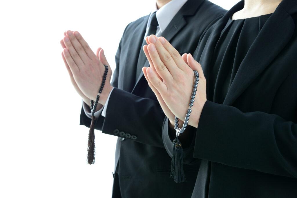 離婚相手の葬儀の喪主は誰が務めるの?子供は喪主を拒否できる?
