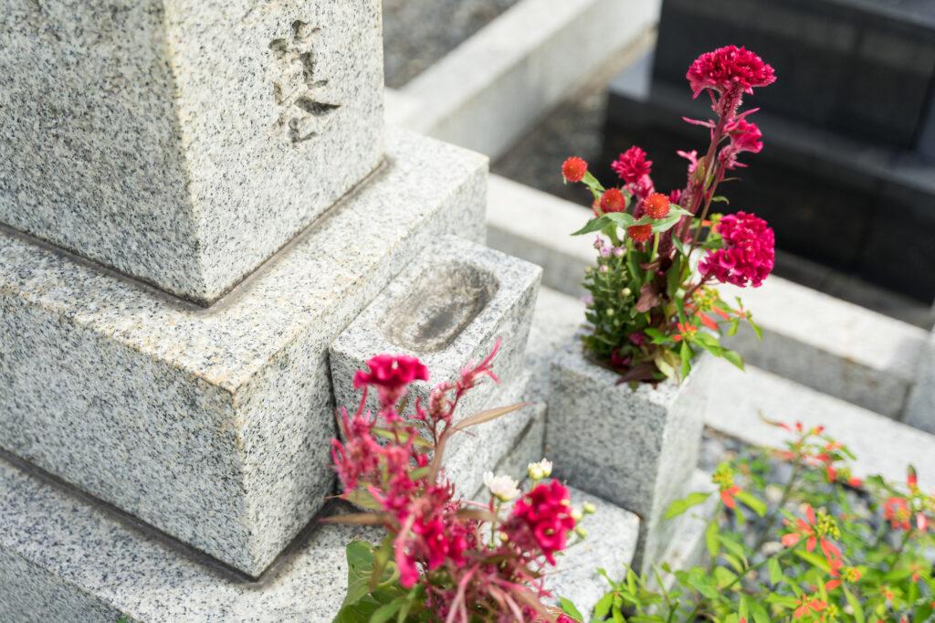 夫婦別のお墓に入れるの?夫婦別のお墓に入るための方法を徹底解説!
