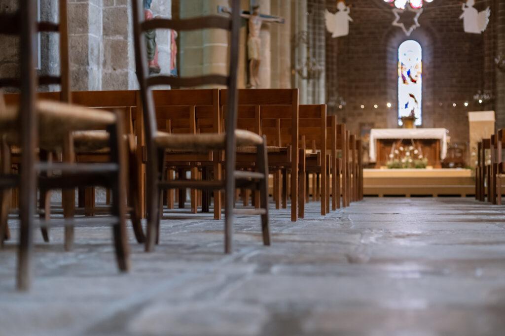 コロナ禍でキリスト教の家族葬は行えるの?どのような流れで行うのか