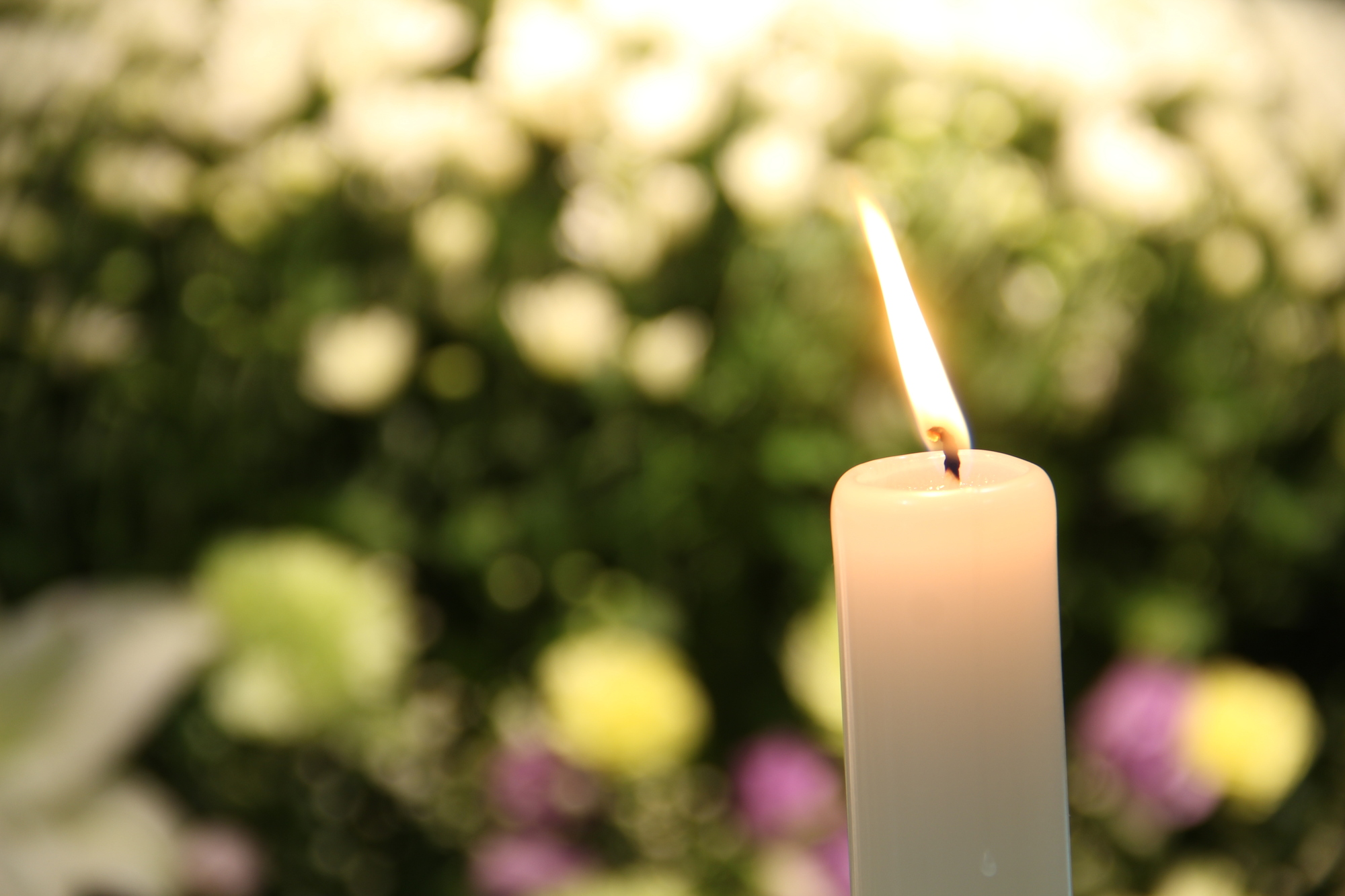 プロテスタントの告別式の流れ。聖餐式から埋葬まで